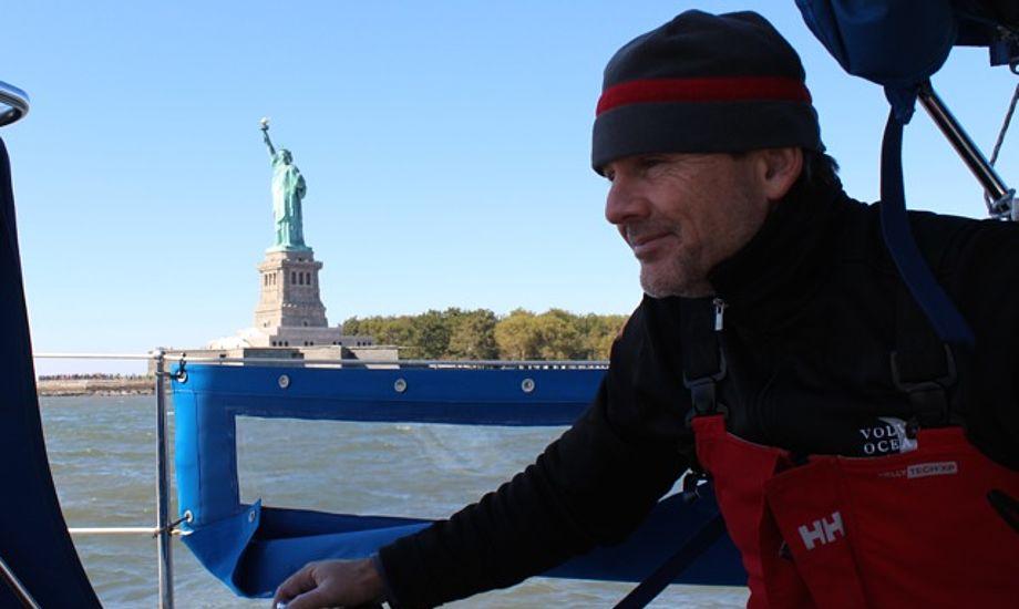En kold men solrig morgen sejler vi fra New York. Foto: Signe Storr