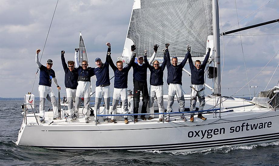 Morten Ulrikkeholm og mandskab fra Kerteminde under X-35 VM i Marselisborg. Foto: Mick Anderson / sailingpix.dk