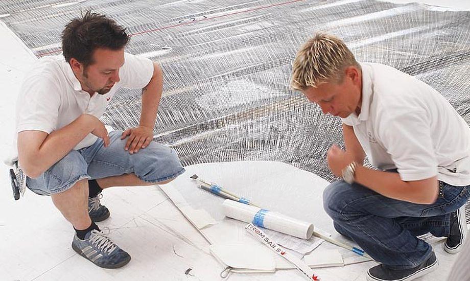 Elvstrøm Sail i Aabenraa søger medarbejdere med bred erfaring i fremstilling af sejl. Foto: Elvstrøm Sails/Mick Anderson