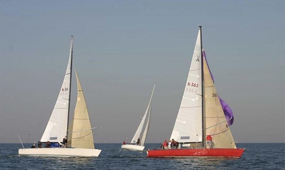 Max Peters, der sandsynligvis var i 70'erne, faldt søndag overbord fra en Adams 10. Det er ikke Peters båd, der ses på billedet. Foto: Adams 10 State