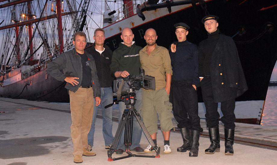 Anders Dylov, tv, med holdet bag udsendelsen.