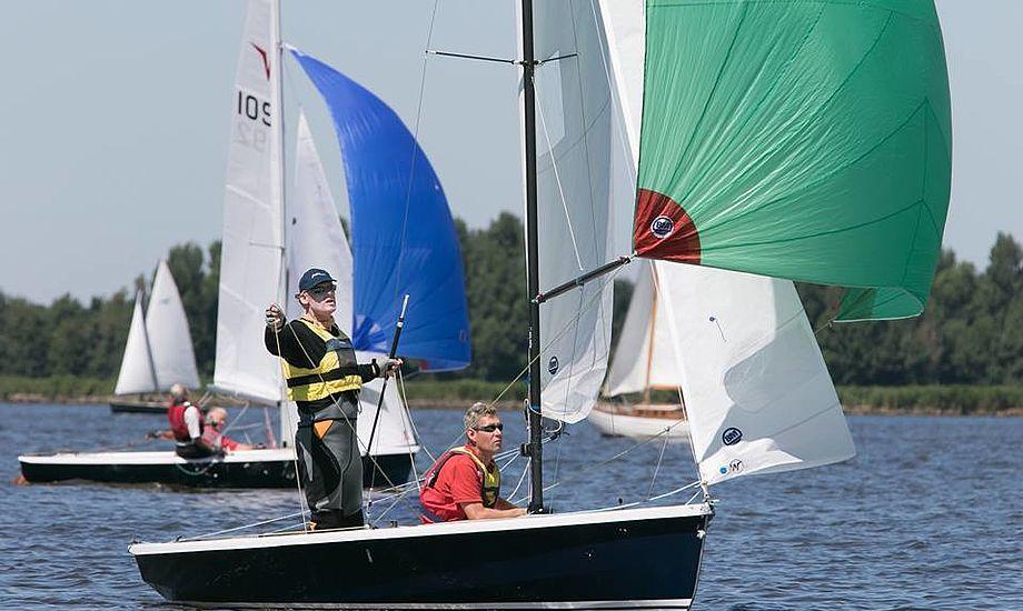 Mogens Just fra Kaløvig var til OL i 1992 i Starbåd, som gast, nu vandt han VM som rorsmand i Wayfarer med Anders Friis. Foto: Søren Svarre