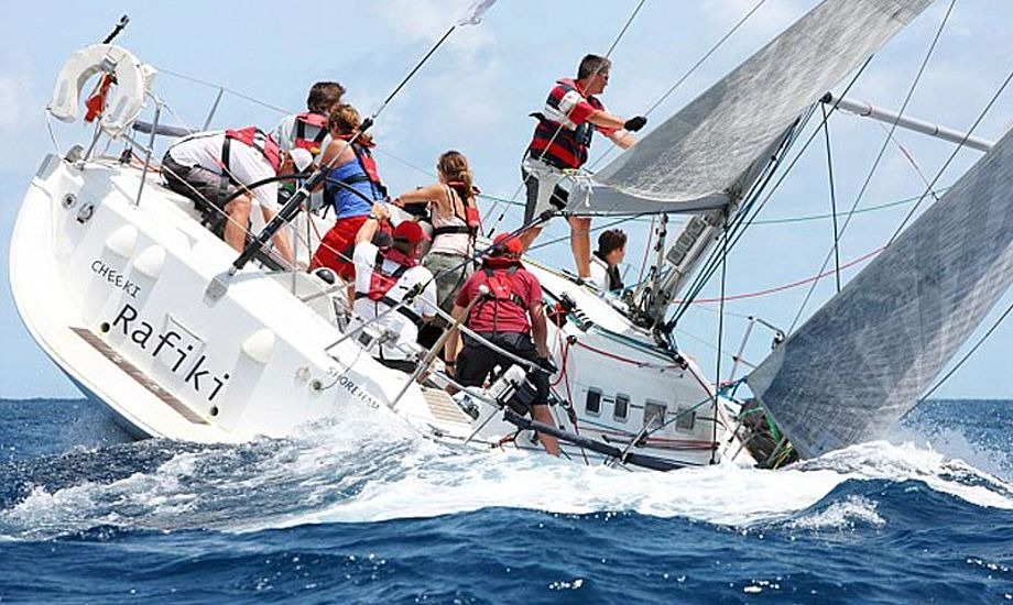 Cheeki Rafiki til Antigua Race Week. Foto: sailingweek.com