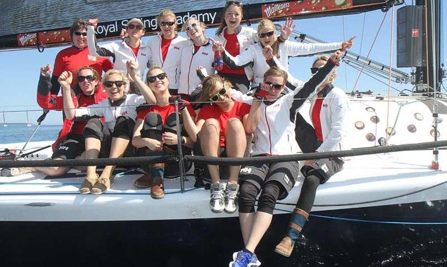 Farr 40 kvinder fra KDY. Dorte O. Jensen styrede og gjorde det bedre i dag med sejre over en anden KDY Farr 40. Foto: Troels Lykke