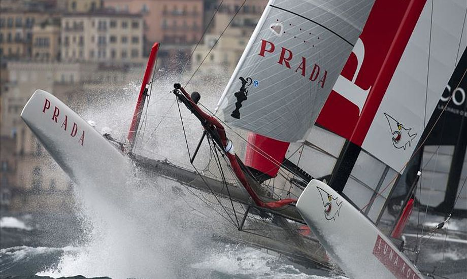 Luna Rossa stillede op med to både til ACWS i Napoli. Foto: Gilles Martin-Raget / ACEA 2012