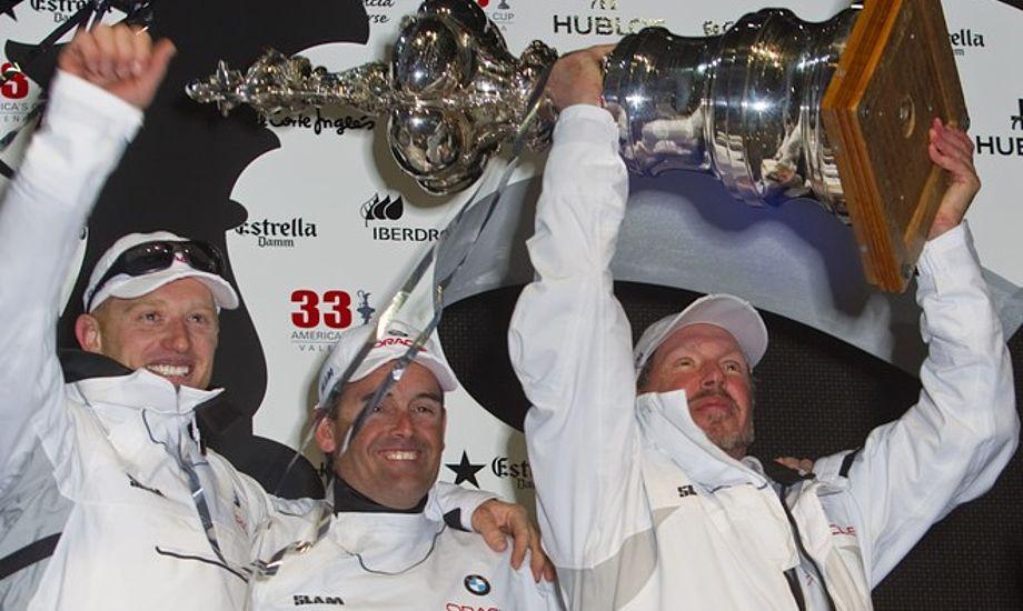 BMW Oracle Racing var langt hurtigere under de fleste forhold. Foto: Gilles Martin Raget