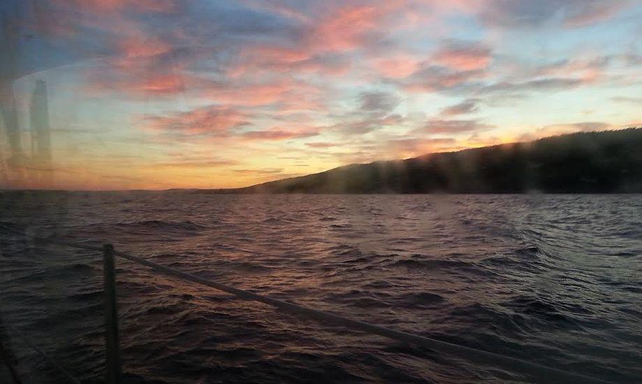 Solnedgang over Oslofjorden. Foto: Bøje Larsen