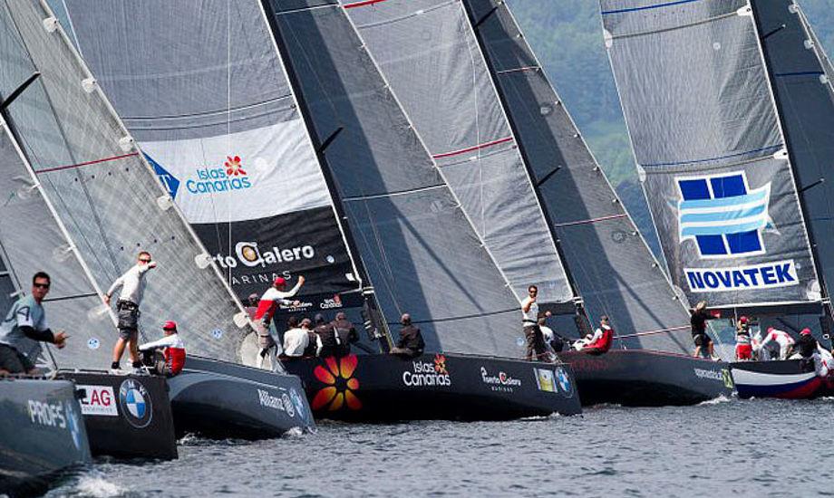 Start i Østrig med Hestbæk og andre danskere i RC44. Foto: Nico Martinez