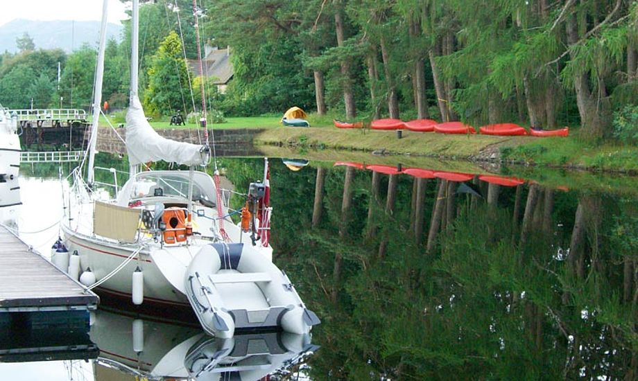 Frk. Toft i Caledonian canal.