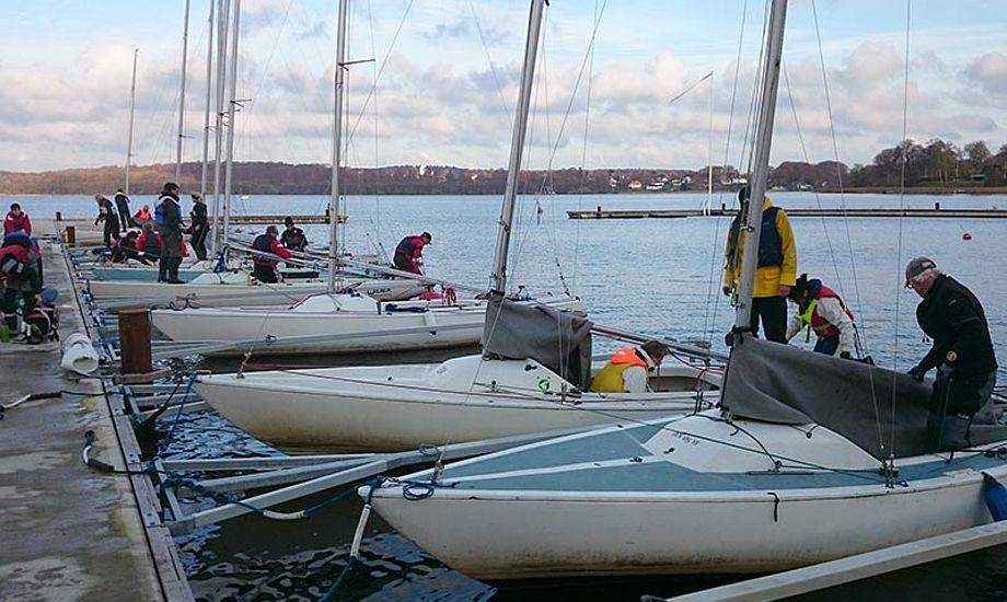Masser både ved Yachtklubben Furesøens flotte nye flydebroer. Foto: Jørgen Ring