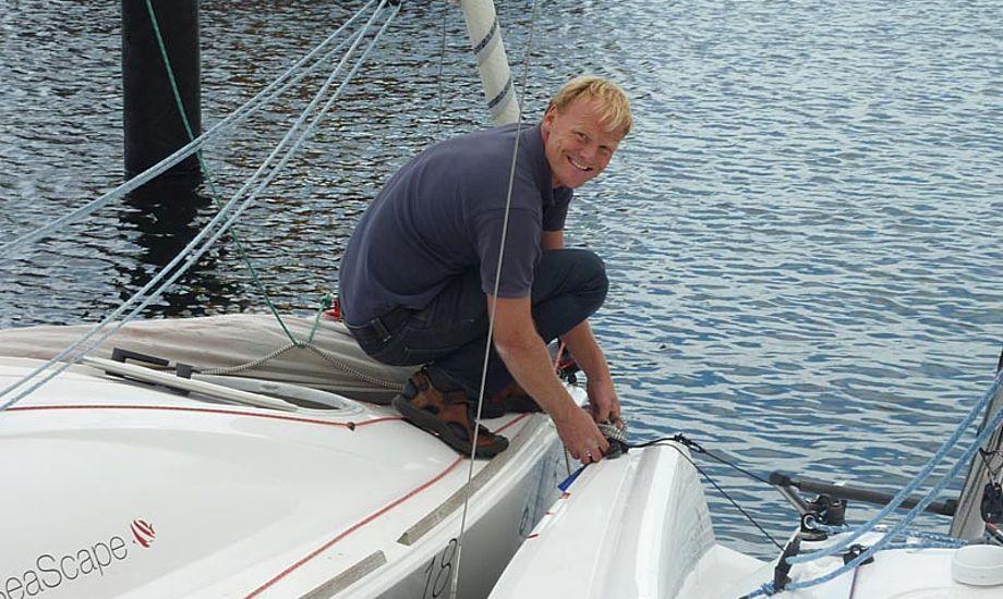 Per rigger sin Seascape 18 til i Svendborg Havn. Foto: Katrine Bertelsen