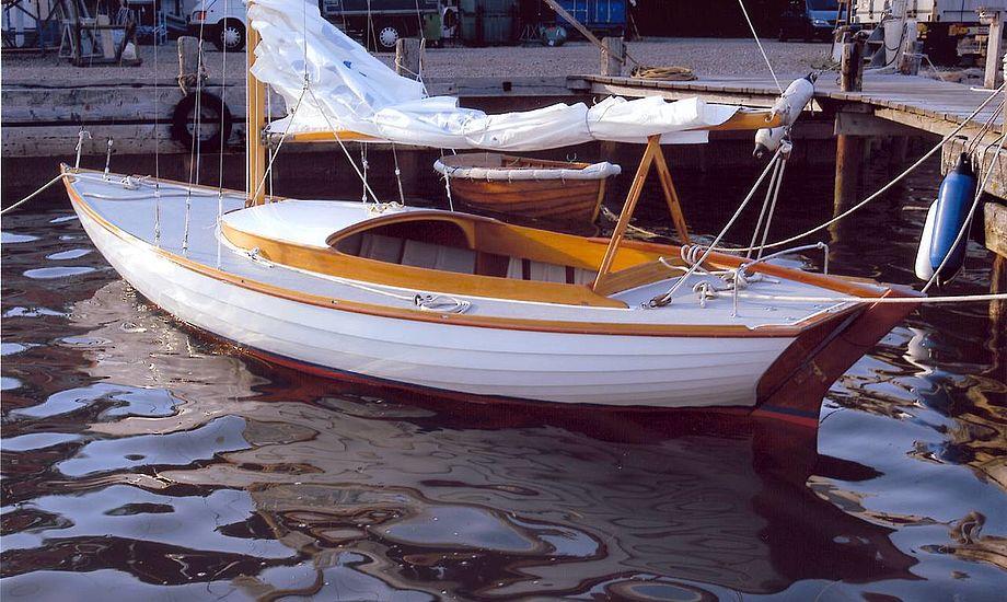 Junior-båden Svip er Walsted-værftets byggenummer 9 og har været bådebygger Aage Walsteds egen båd. I næste uge er den til Svendborg Classic Regatta. Foto udlånt af Walsteds Bådeværft,Thurø.