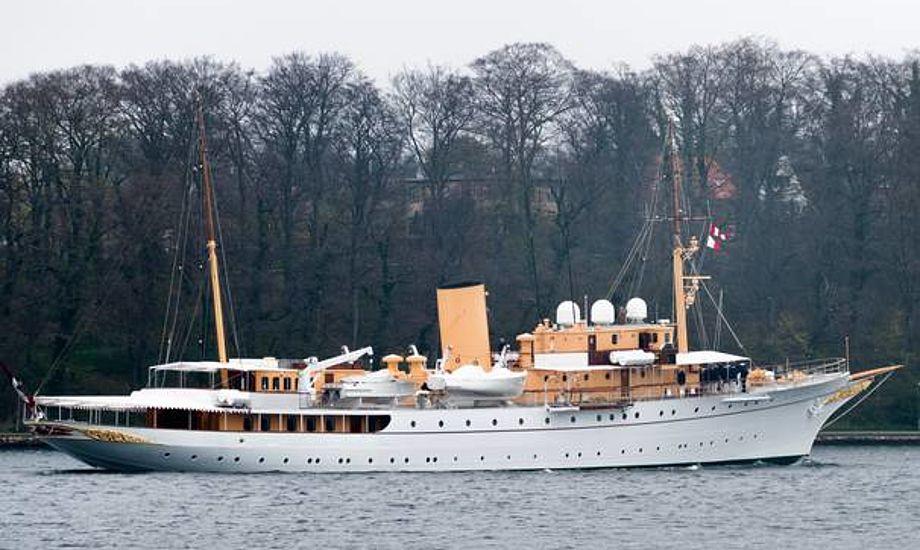 Kongeskibet Dannebrogs nye elever øver sig i disse dage i farvandet omkring Fyn og Ærø. Foto: Søren Stidsholt Nielsen, Fyns Amts Avis, Søsiden.