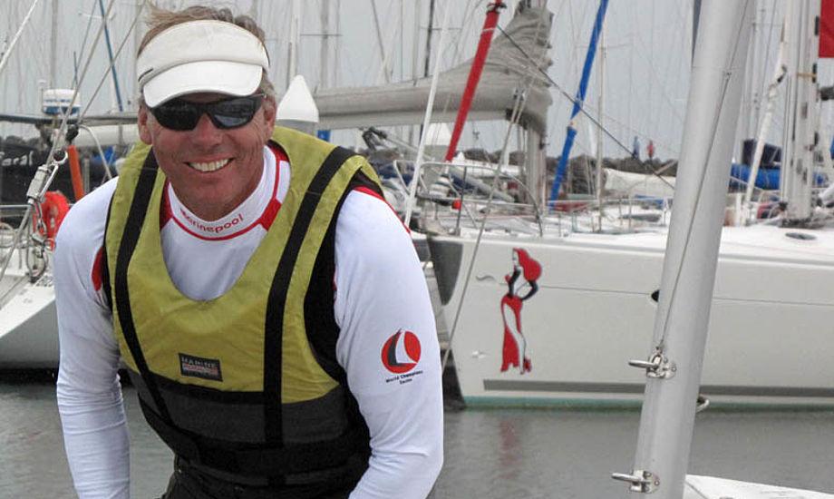 Jochen Schumann i Melbourne i januar, hvor han blev disket for at sejle uden vest i Drage-VM. Foto: Troels Lykke