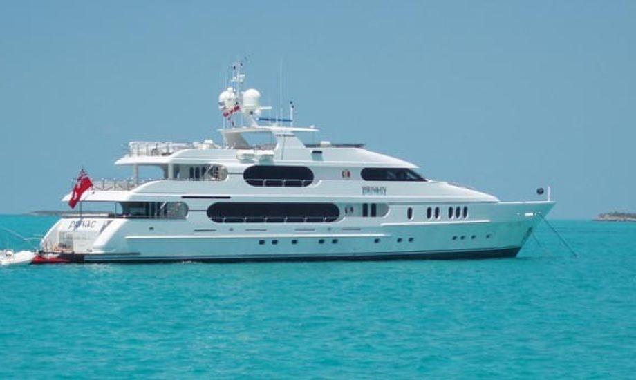 155 fod er Tiger Woods super yacht på.