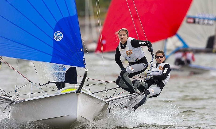 De bedste i 2014 har været Brasiliens Martine Grael og Kahena Kunze. De har været 1 eller 2 ved de større stævner, der er sejlet i år. Foto: Mick Anderson/Sailingpix