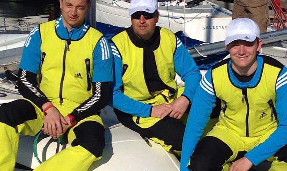 Karl Kristensen, Claus Høj Jensen og Frederik Dahl Hansen er sponsoreret af Adidas og SparNord. Foto: Anja Dahl