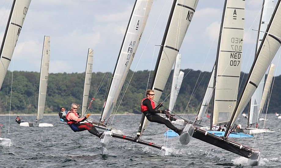 De første to dage til VM for A-Cats har været præget af meget skiftende vind. Foto: sailingaarhus.dk