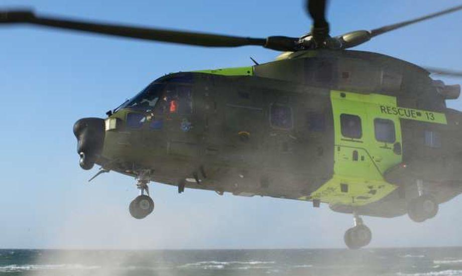 Helikopter blev sendt til området. Arkivfoto: Erik Venøbo