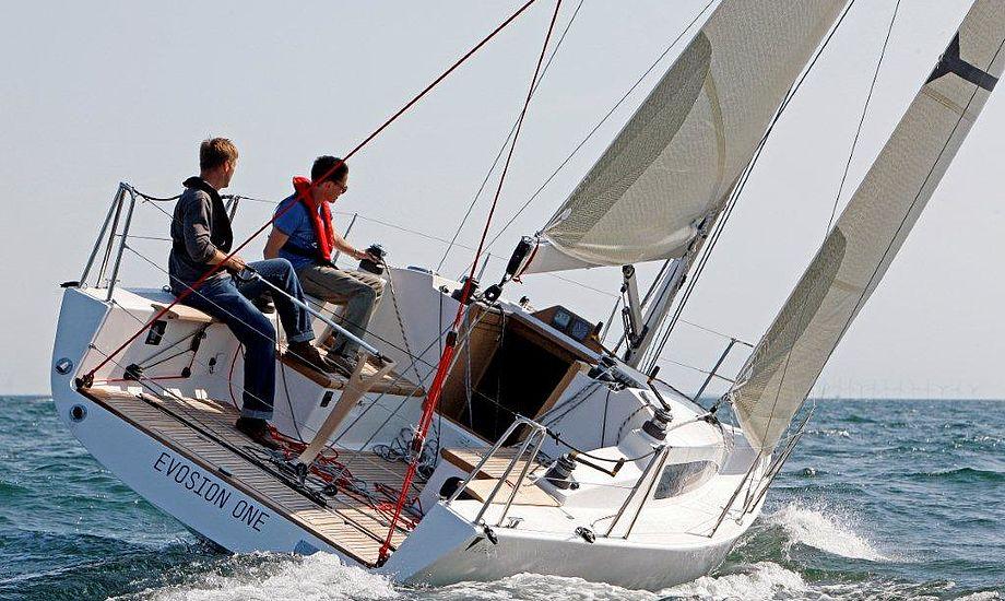 Evosion 34 er designet med sejlegenskaber prioriteret. Perfekt afbalanceret, og blandt andet meget hurtig på kryds med let hånd på roret.