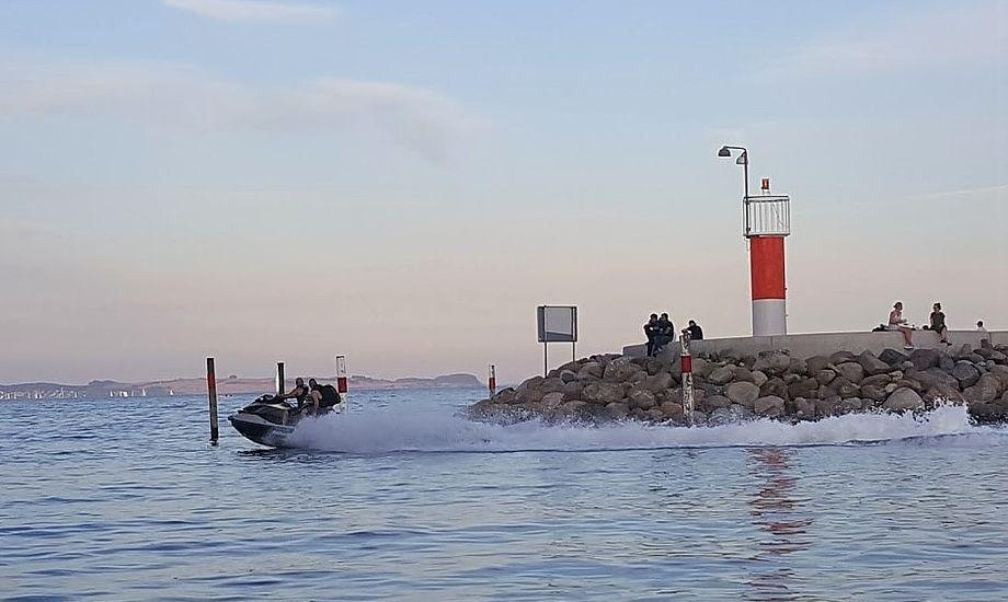 Vandscootersejlads er kommet til voldsom debat herhjemme, efter at to amerikanere mistede livet, da vandscootere påsejlede deres båd i København. Foto: Troels Lykke
