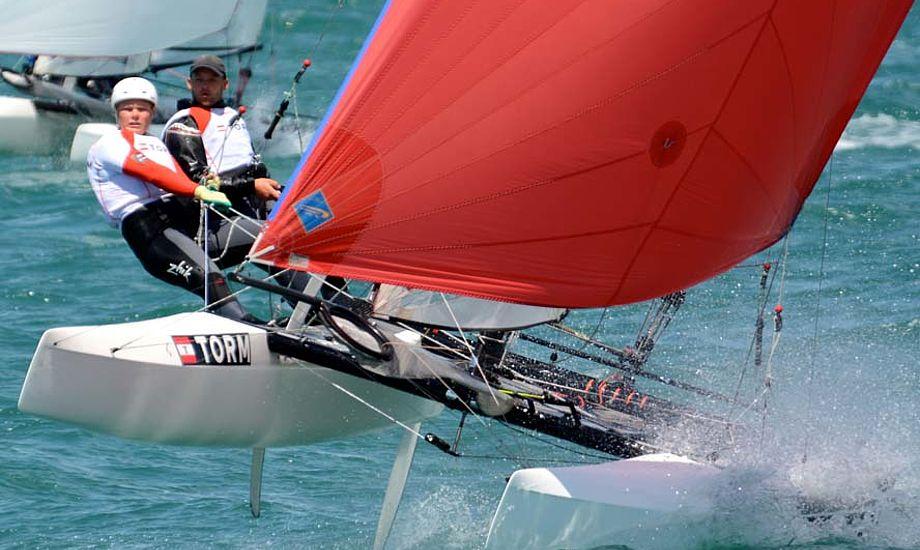 Flere og flere stævner afgøres i latterlige vindforhold pga. publikum. Det giver desværre også lede ved sejlsporten. Foto: Antoine Beysens