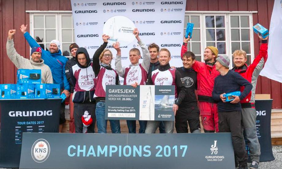 Præmievinderne ved weekendens Grundig Sailing Cup i Norge. Foto: Grundig Sailing Cup.