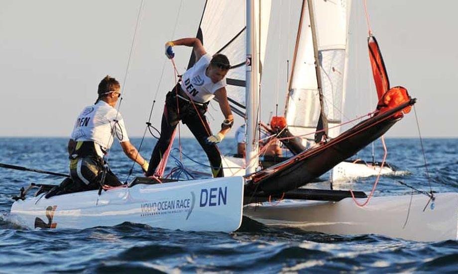 Stridens kerne er Sirena SL16, her sejlet af Brødrene Bjørnholt. Foto: Dave Kneale/Volvo Ocean Race