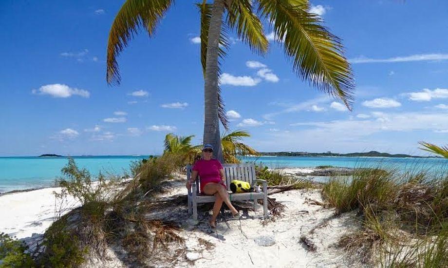 Måske skulle man købe sig en øde ø i Bahamas? Her ved Norman's Cay. Foto: Privatfoto