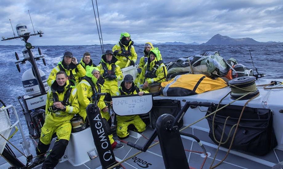 Team Brunel, der hidtil har haft problemer med at finde fart i sejladsen og i øjeblikket ligger næstsidst samlet, har lagt sig i spidsen mod Brasilien. Foto: Ainhoa Sánchez / Volvo Ocean Race