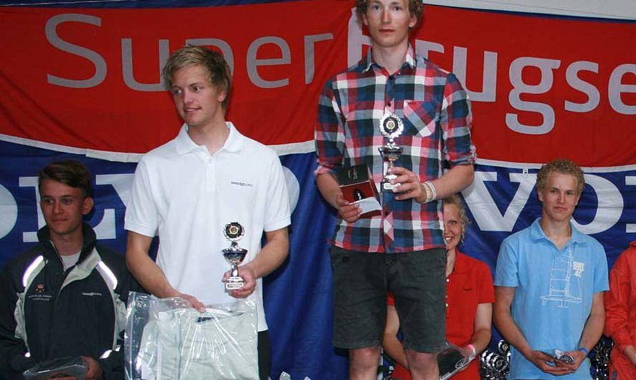 I Kerteminde vandt Jacob Cholewa (øverst) foran Mads Lintrup Andersen (næstøverst) og Frederik Rask (fraværende). David Sander (bagerst til venstre) snuppede fjerdepladsen foran Christina Andersen (nr 2 fra højre) med svenske Sebastian Novak på 6.pladsen (bagerst til højre)