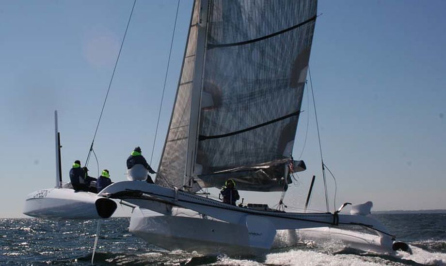 Carbon3 sejlede over 25 knob forleden. Vi ser frem til et opgør mellem Carbon3 og Extreme Challenger - gerne i Palby Fyn Cup. Foto: Carbon3