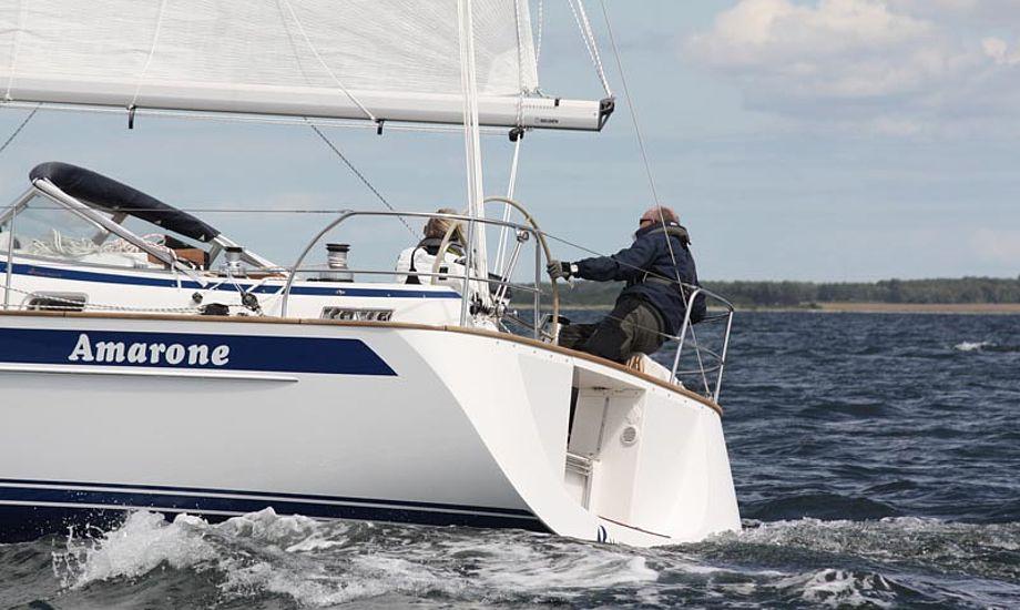 Bo og Charlotte Hold i Hallberg-Rassy 372 til Elvstrøm 2 Star i år. Foto: Thomas Thomsen