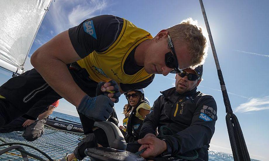 Nicolai Sehested på job i Nice på en dansk Extreme 40. Nu skal han styre en tung Knarr-lignende sejlbåd i matchrace. Foto: Søren Wiegand Kristensen