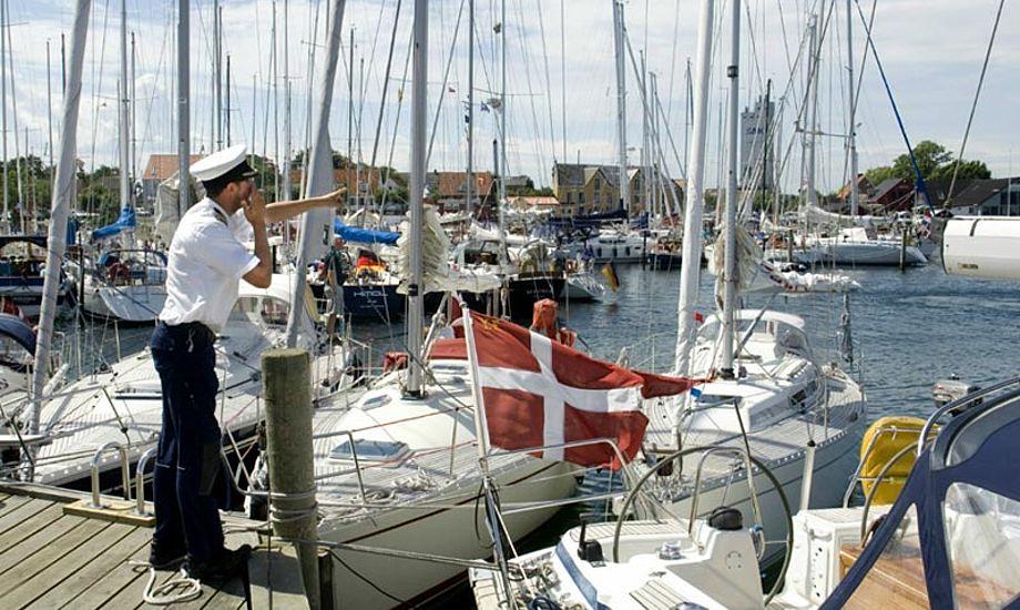 Det er kun meget få pladser i havnen, der er lagt ud til booking via MarinaBooking.dk. Langt hovedparten af pladserne / havnen kan benyttes på helt almindelig vis. Foto: FLID