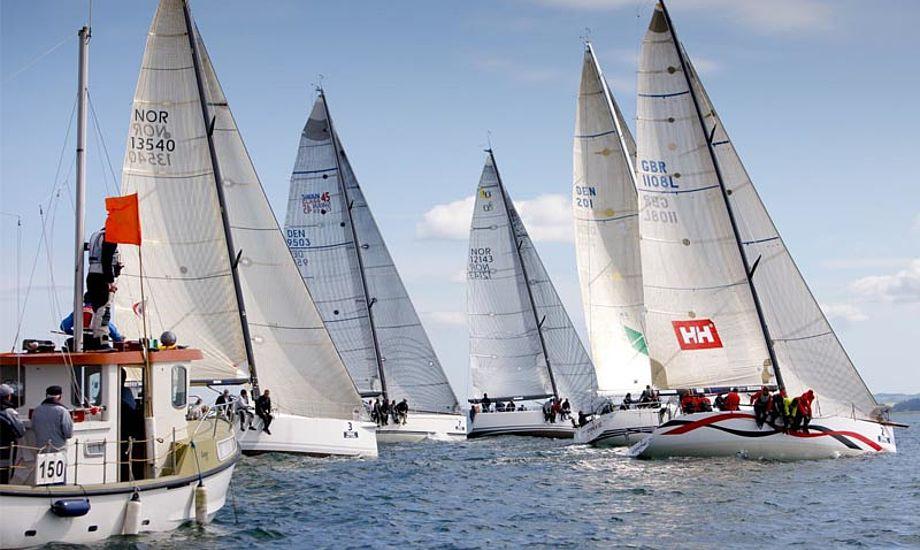 Starten er gået til Aarhus Big Boat Race 2012 – Foto: Mick Anderson