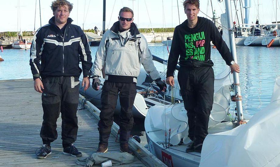 Vi fangede vinderholdet på Hellerup Havn. Fra venstre: Konrad Floryan, Emil Max Møller og Frederik Lange. Foto: Katrine Bertelsen
