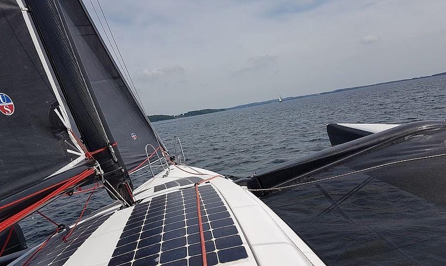Høj fart i let vind. Black Marlin er meget vellykket. Foto: Troels Lykke