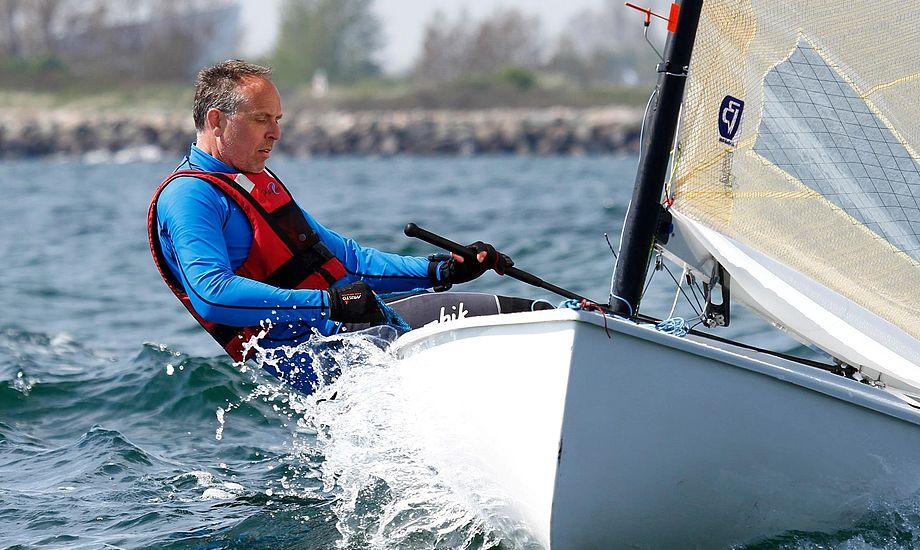Jan Peetz fra Kastrup, debutant i klassen, får nok at se til i Barcelona, når 350 Finnjoller kæmper.