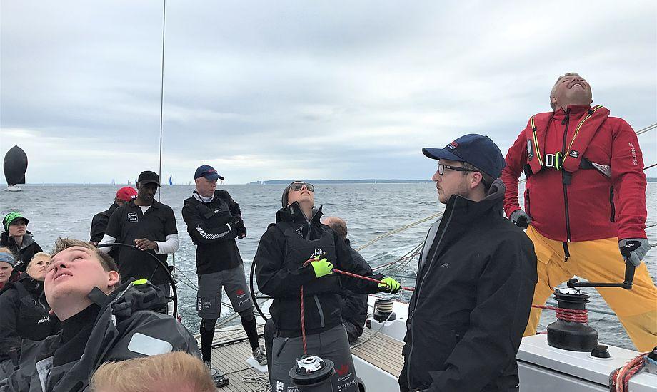 Chris Nørgaard ved rattet i Sjælland Rundt på Landmark 43 fra Kerteminde. Ejet af Thomas Lund Hansen. Foto: Privat