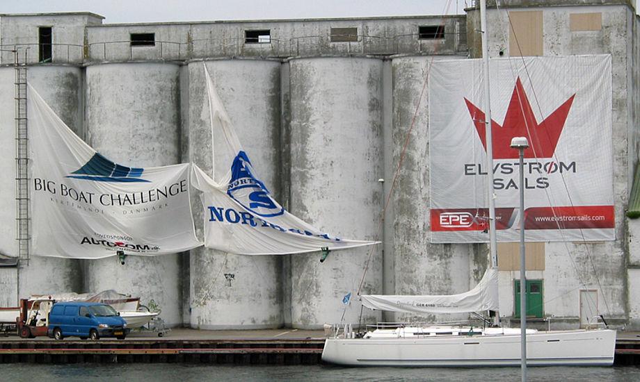 Elvstrøm Sails banner fra Big Boat Challenge holdte sig oppe efter blæst i Kerteminde.