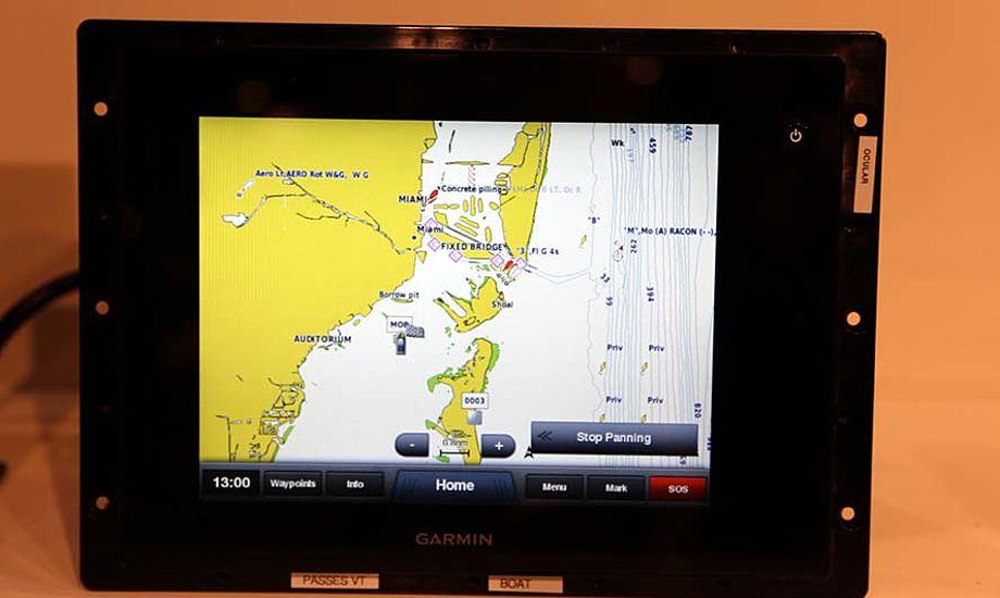 Skærmen på Garmin 8008 er en af de mest teknologisk avancerede og brugervenlige der ses på markedet. Foto: Troels Lykke