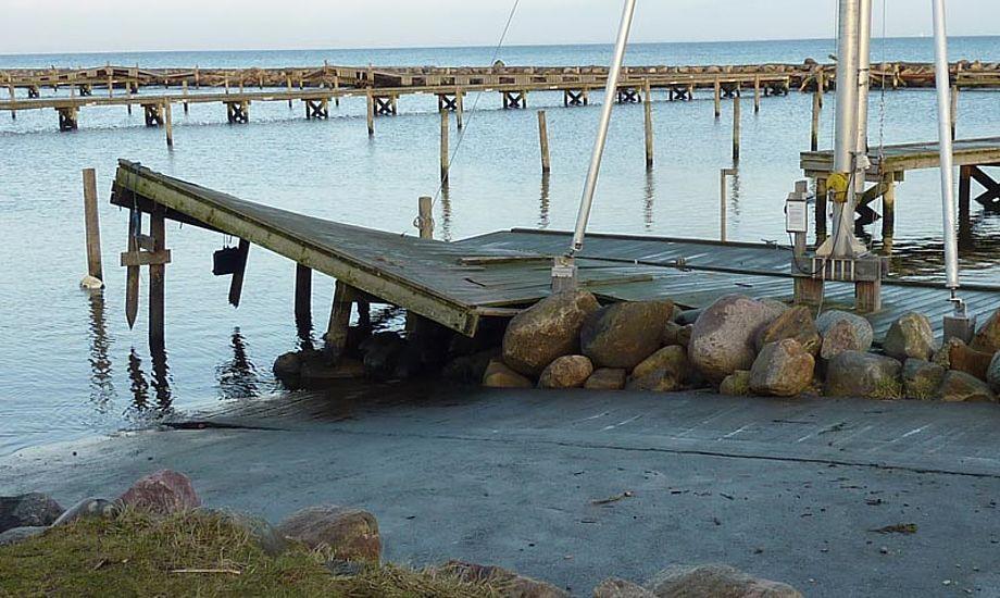 Der er skader for omtrent ni millioner kroner alene på Gilleleje Havn. Foto: Katrine Bertelsen