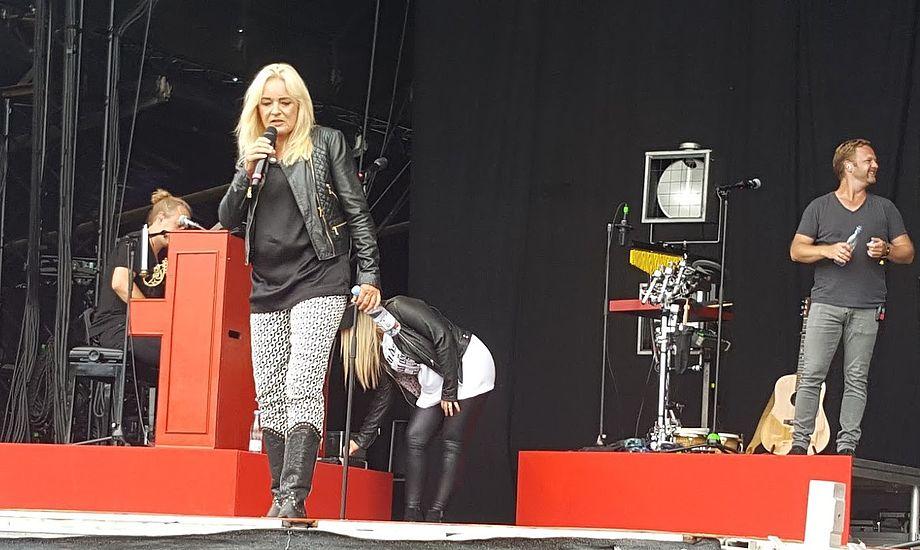Anne Linnet var et sikkert hit på Samsø Festivalen sidste år. I år er minbaad.dk atter er med for femte år i træk. Foto: Troels Lykke