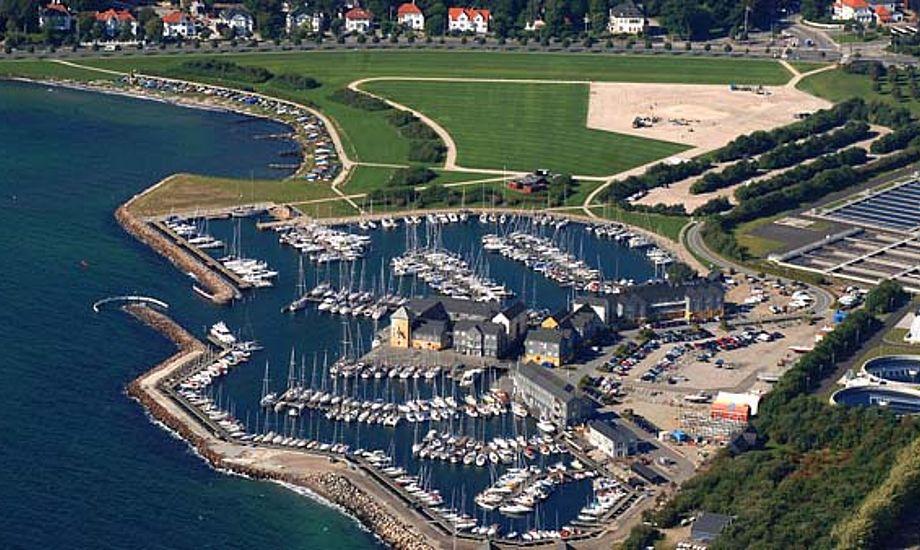 Der bliver mere udstyr til sejlerne, når udstillingen kører i Marselisborg Lystbådehavn. Foto: Arne Magnussen