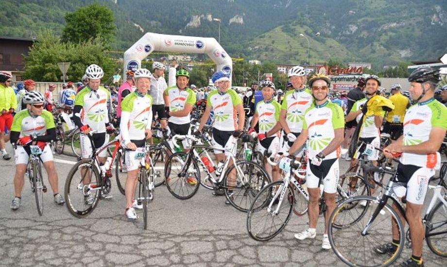 Her ses hele holdet der deltog i Tour de France etapen. Foto: Volvo Ocean Race
