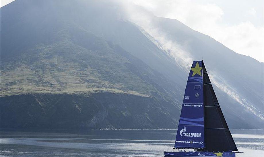Martin Kirketerp kommer først i mål i alle sejladser han deltager i med Esimit. Foto: Rolex