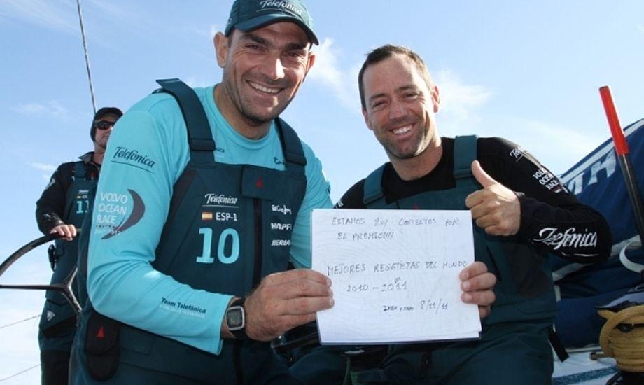 Iker Martinez, tv., og Xabi Fernandez modtog budskabet på Telefonica. En båd der ikke vinder Volvo Ocean Race, mener Bouwe Bekking.