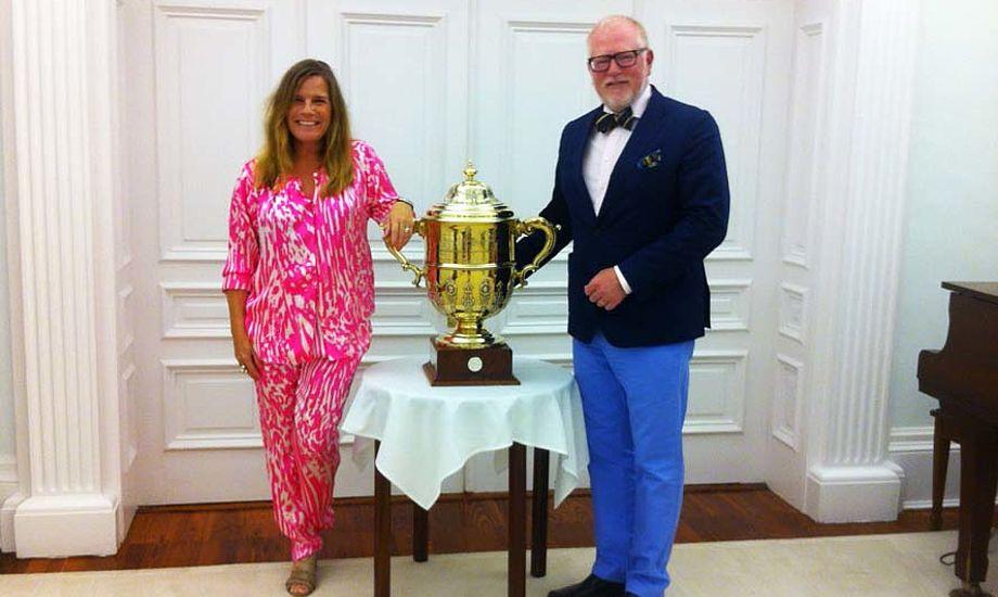 Anne-Mette og Morten Lorenzen er vilde med Bermuda. Nu kæmper de for at America's Cup bliver der midt ude på Atlanten.