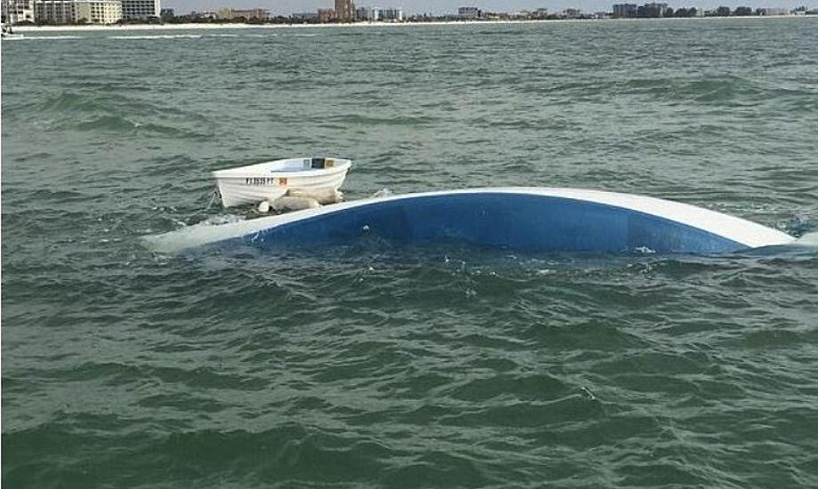 Hvorvidt parret igen kan sejle på langtur i sejlbåden må betegnes som yderst tvivlsomt. Foto: Facebook